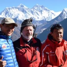 Bruno Jelk mit zwei Bergrettern